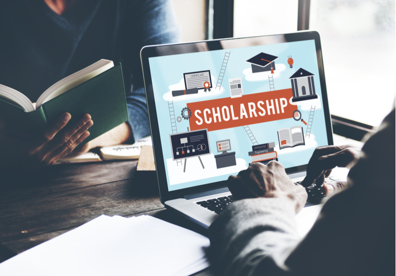 Choose Energy announces scholarship winners.